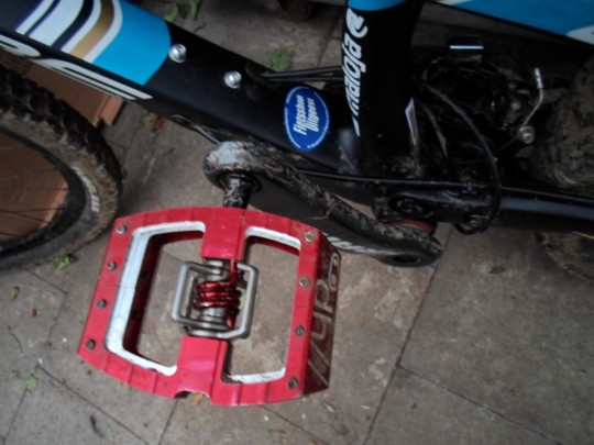 crankbrother mallet dh pedals